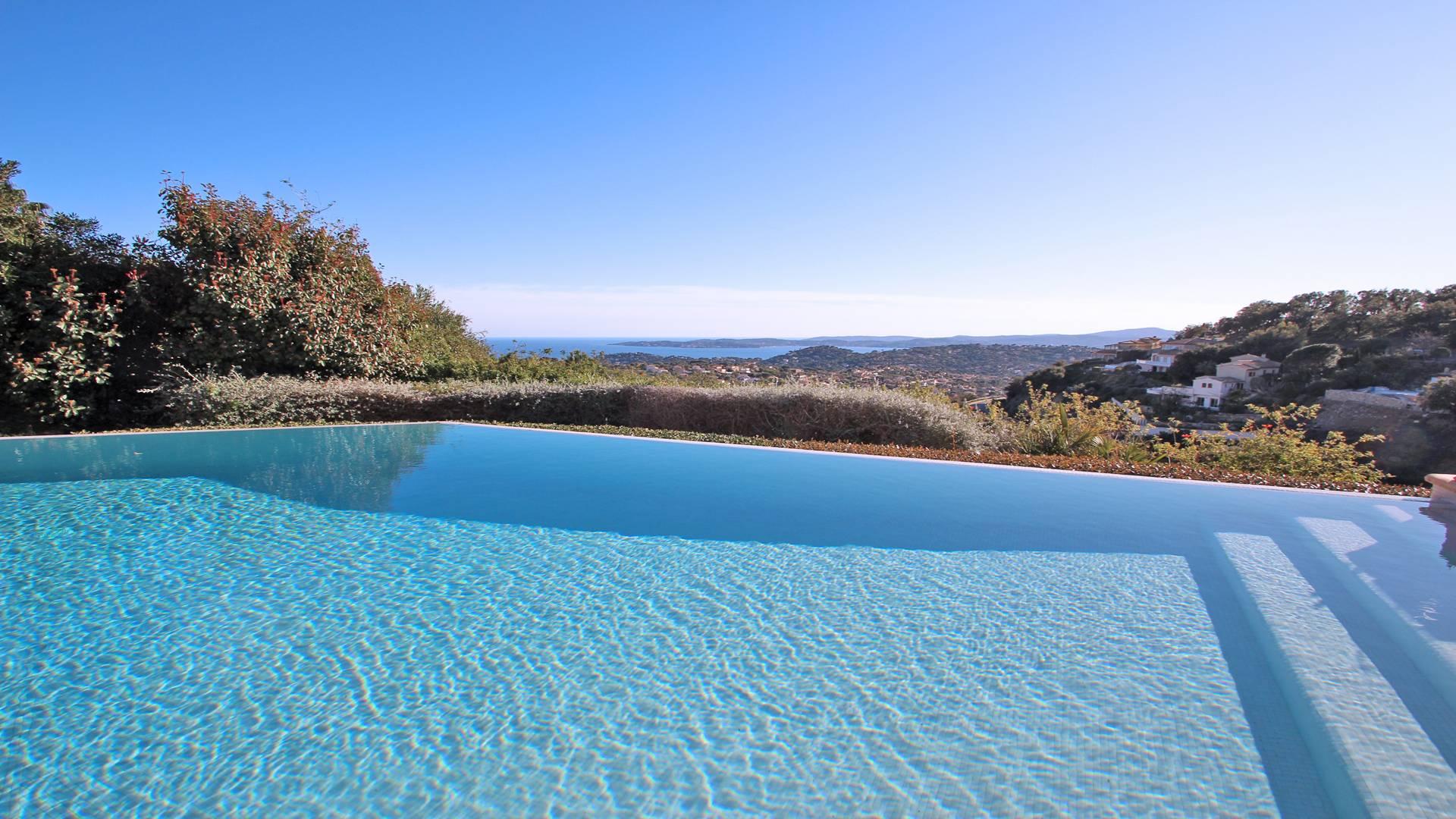 Domaine du Golf  Villa avec piscine STE MAXIME