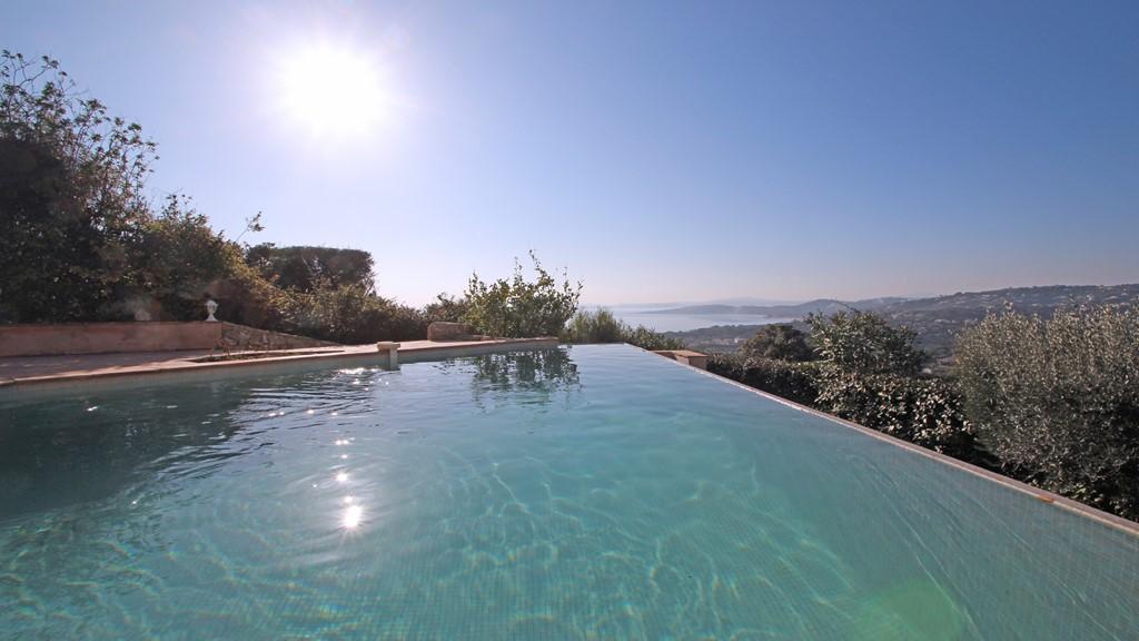 Villa Bérisol Villa avec piscine LES ISSAMBRES