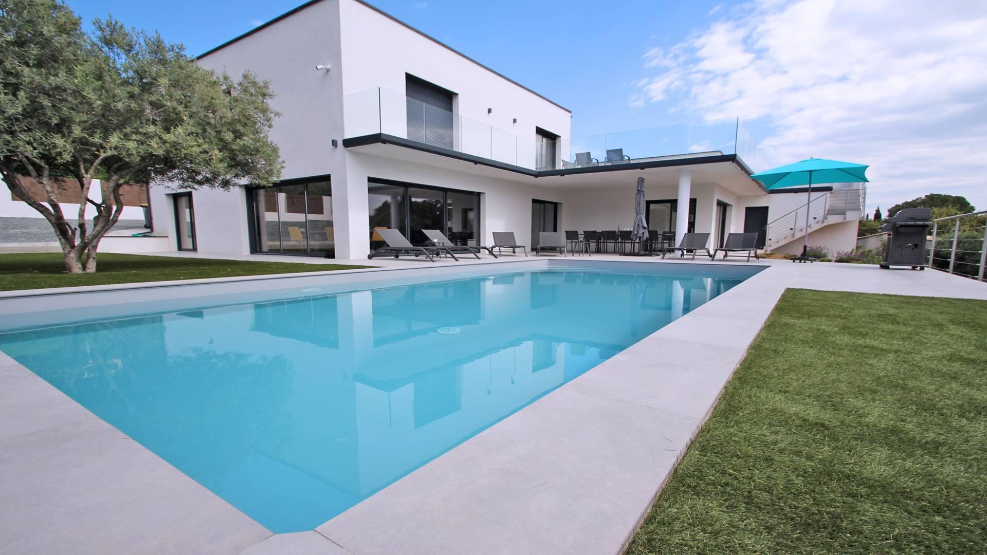 Villa Chantoiseau Villa avec piscine LES ISSAMBRES