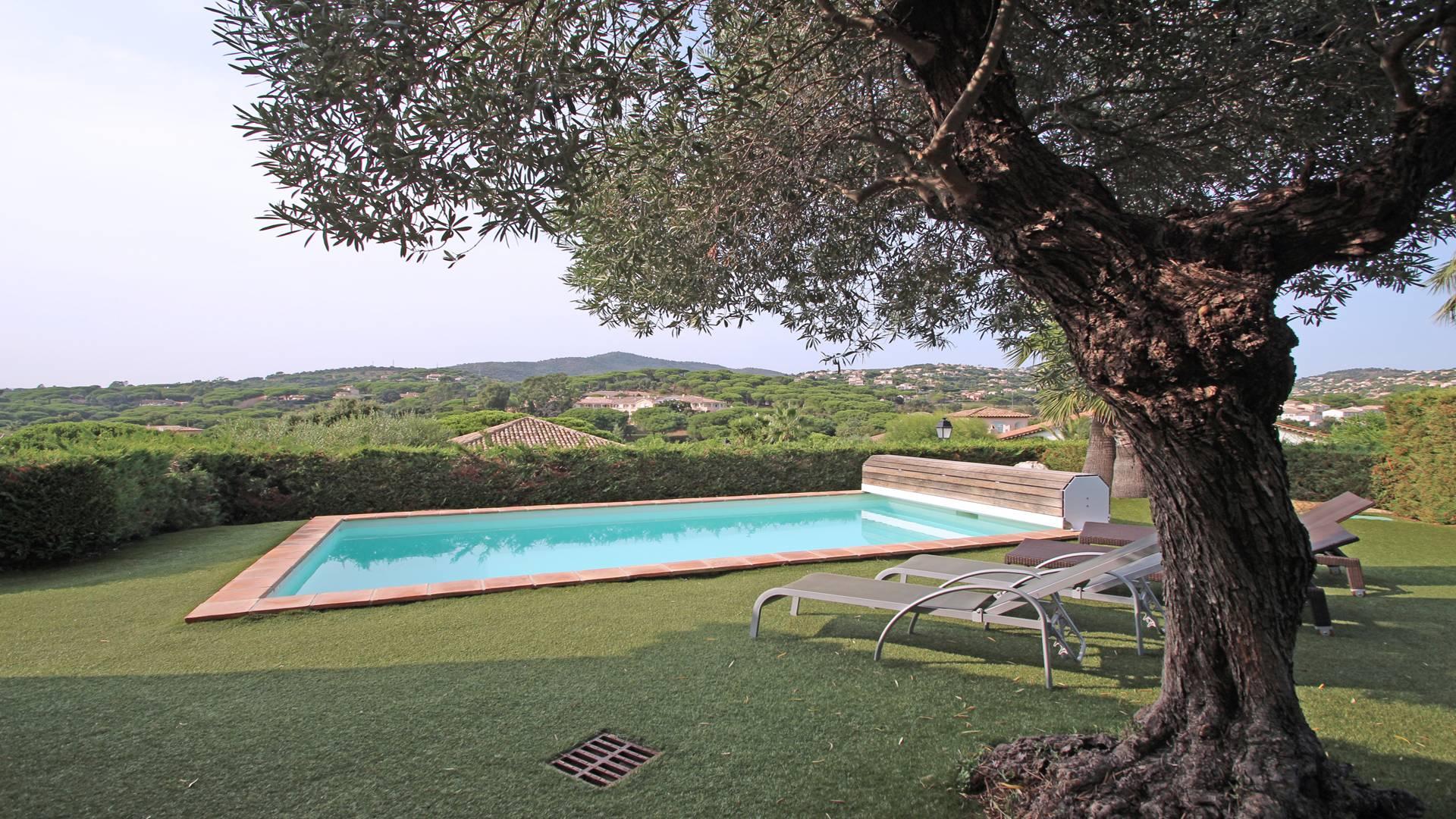 Restanques Beauchene Villa avec piscine STE MAXIME